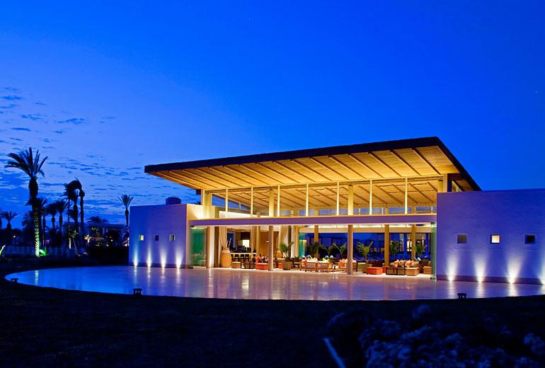 Paracas a luxury collection hotel paracas peru for Luxury paracas telefono