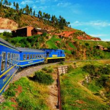 Peru Holiday Adventures | Peru Train to Machu Picchu